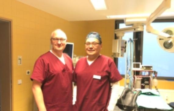 Dipl. Med. Otgonbold A. und Dr. phil. Siegfried Schmitt